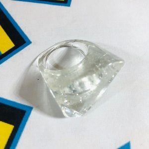Vintage 90's cast acrylic sparkle pop art ring